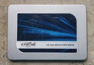 Crucial MX300 - Vorderseite